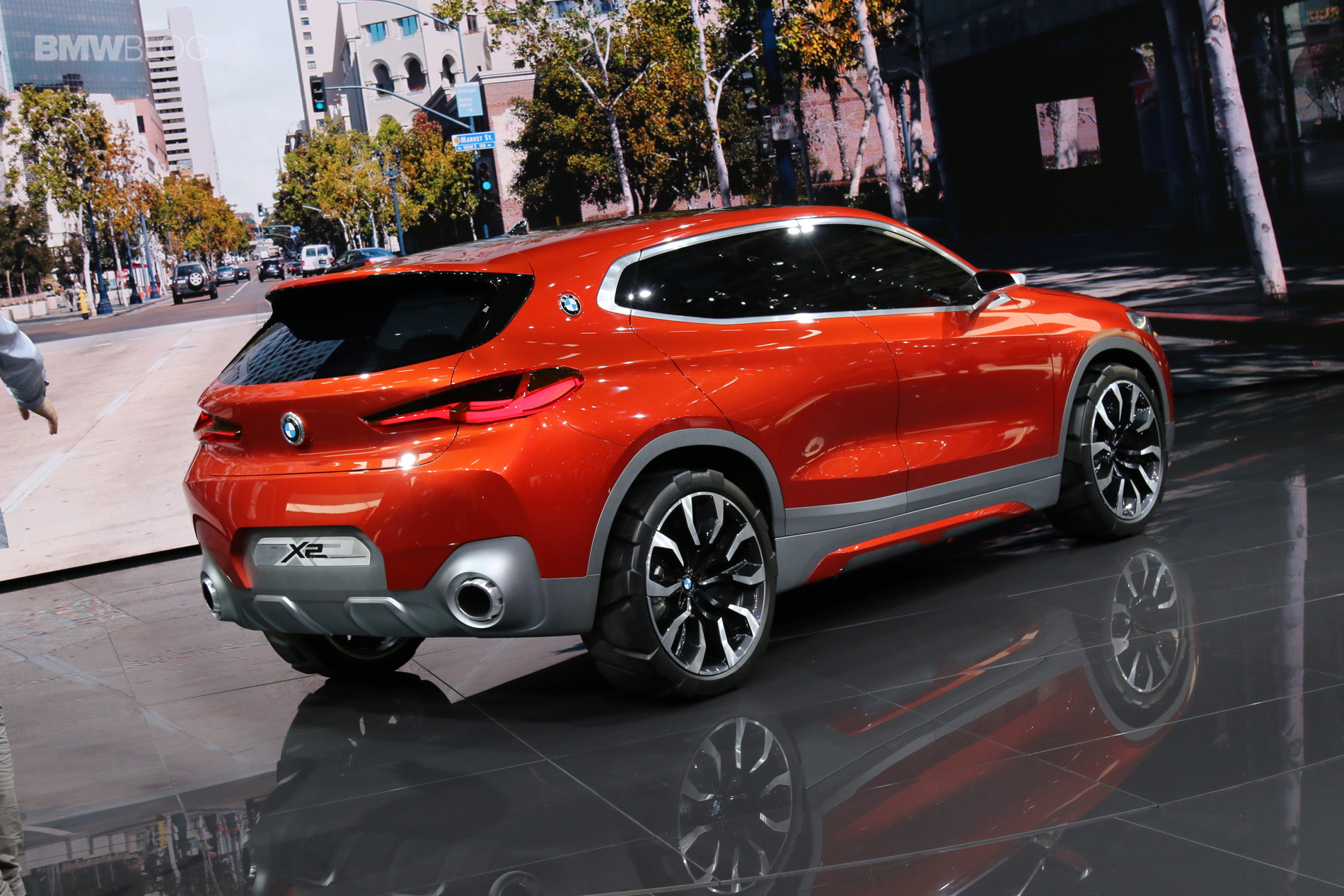 New Bmw Concept X2 Photos Live From 2016 Paris Auto Show