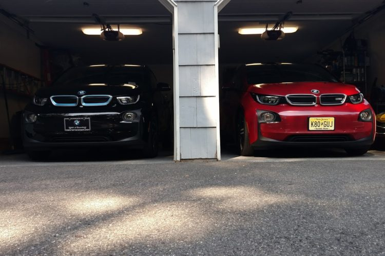 BMW i3 red black 750x500
