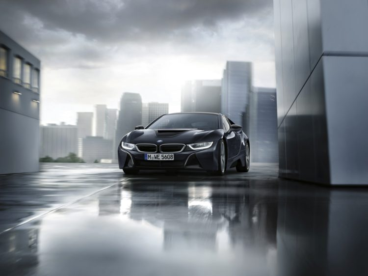 BMW i8 Dark Silver Edition5 750x562