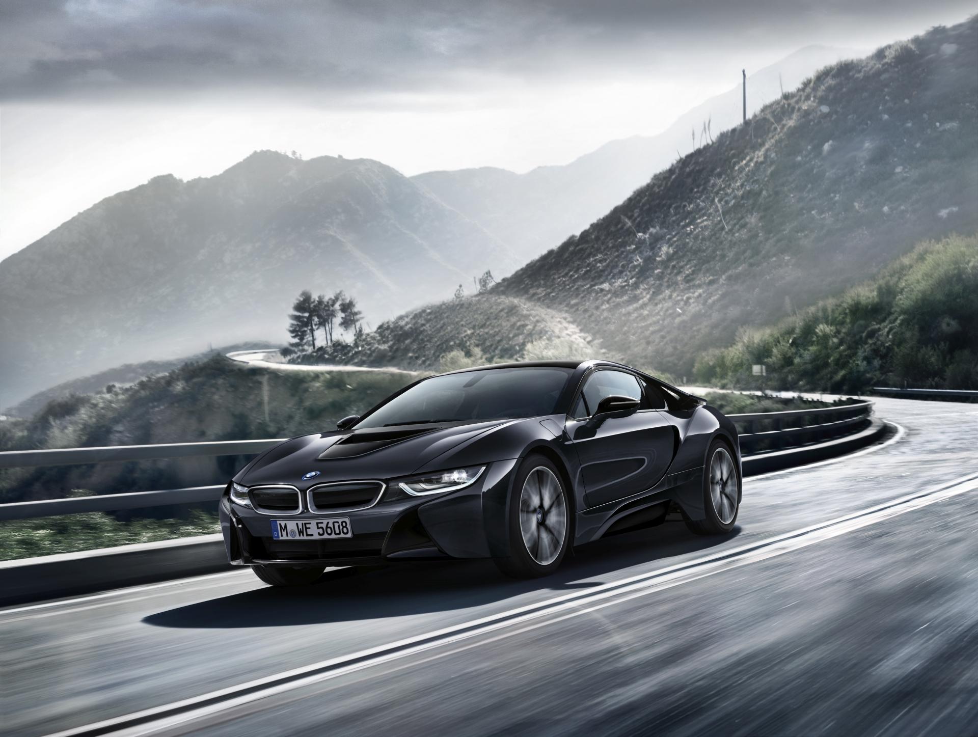 BMW i8 Dark Silver Edition7