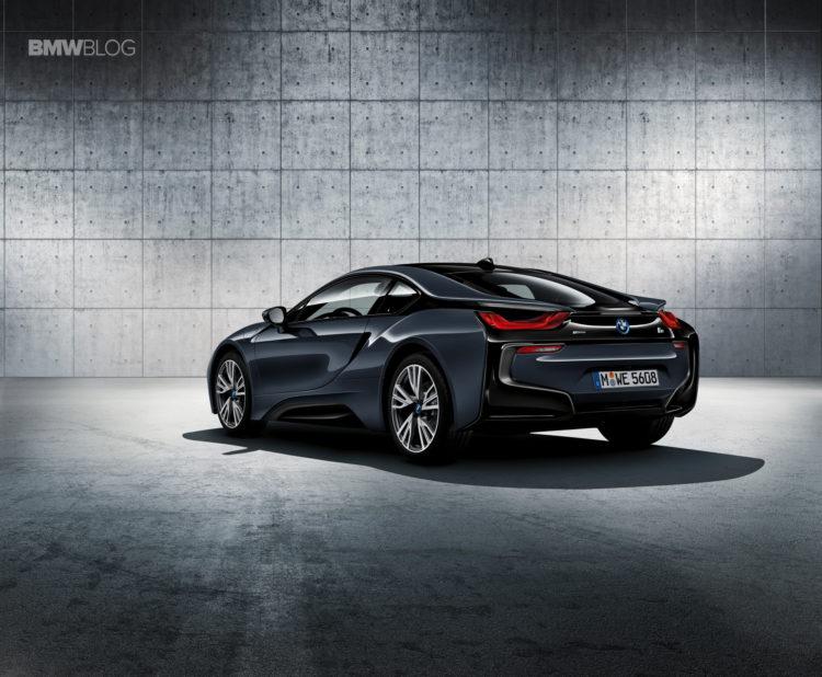 BMW i8 Protonic Dark Silver Edition-2