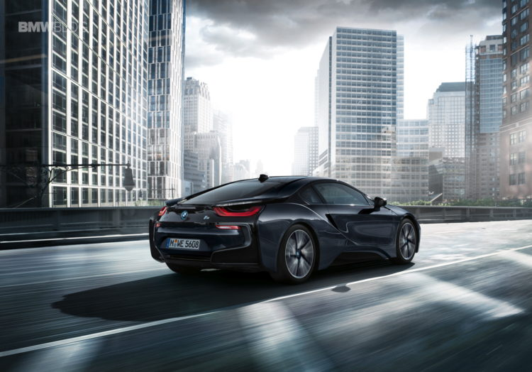 BMW i8 Protonic Dark Silver Edition 5 750x524