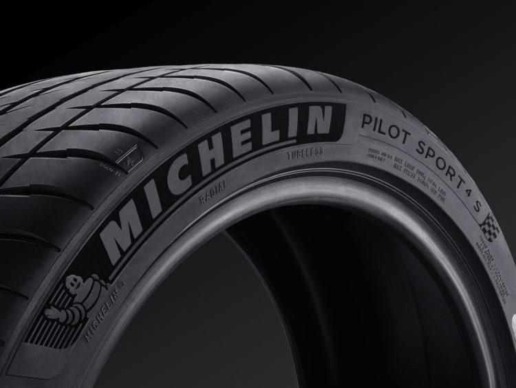 Michelin-Pilot-Sport-4-9