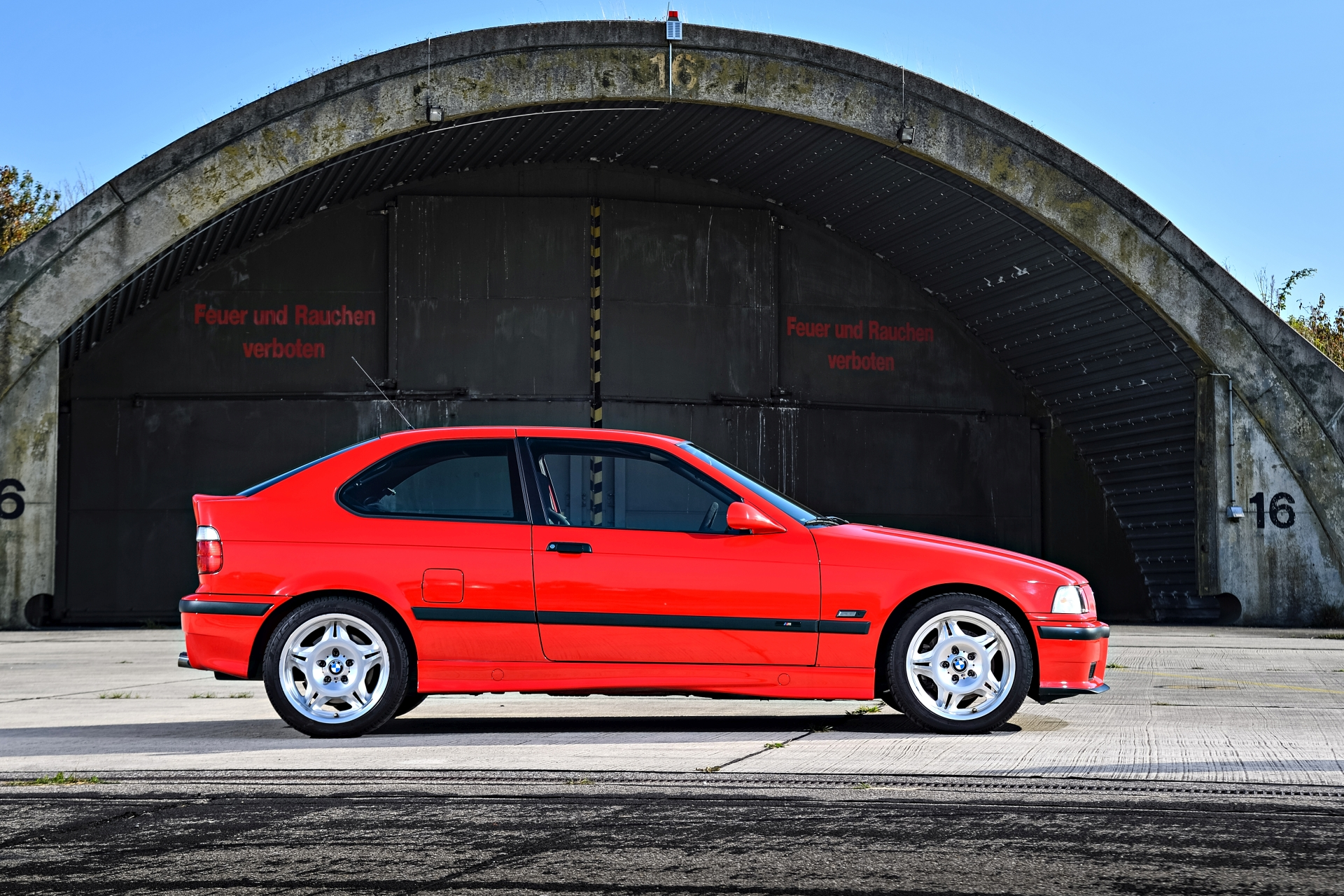 bmw actually made an e36 m3 compact model. Black Bedroom Furniture Sets. Home Design Ideas