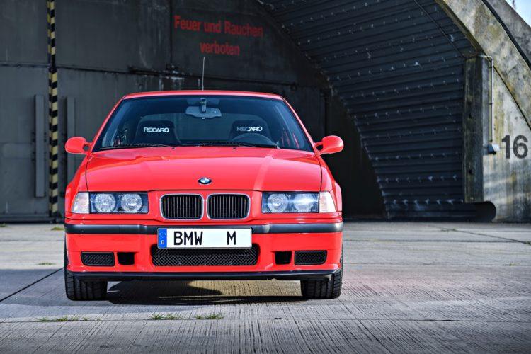 Secret BMW M342 750x500