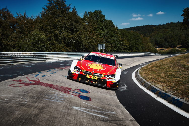 Shell BMW M4 DTM 1 750x500
