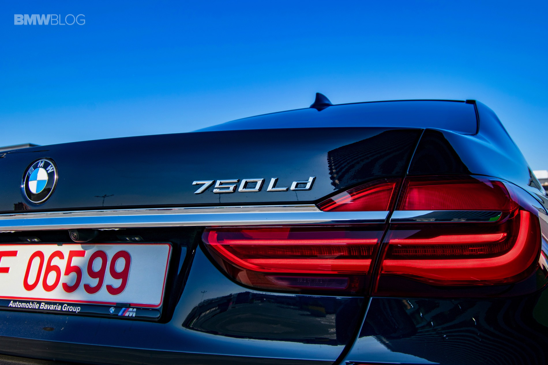 2017 BMW 750Ld test drive6