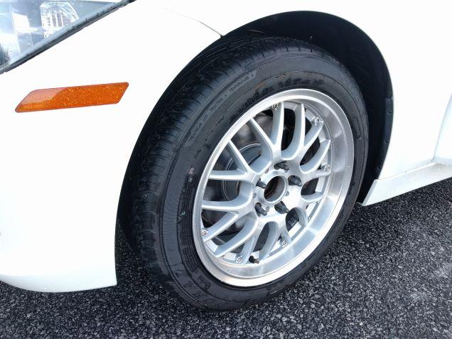 BMW-328i-Doral-SDL-tires