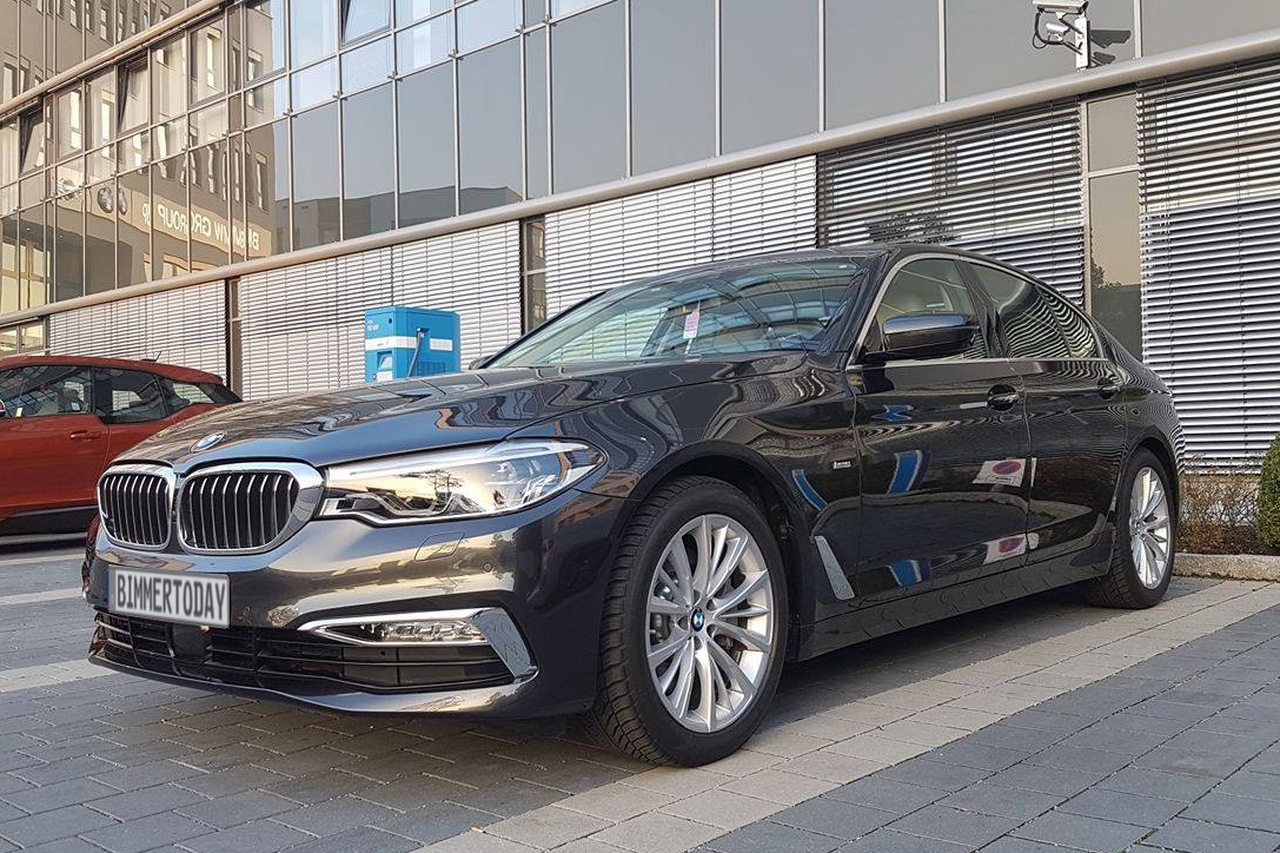 Real Life Photos 2017 Bmw 530d Sedan