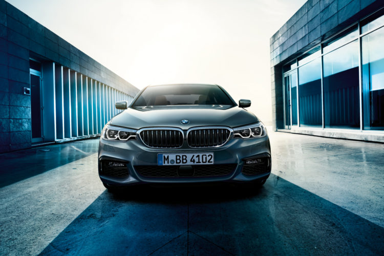 BMW 5series sedan imagesandvideos 1920x1200 08 750x500
