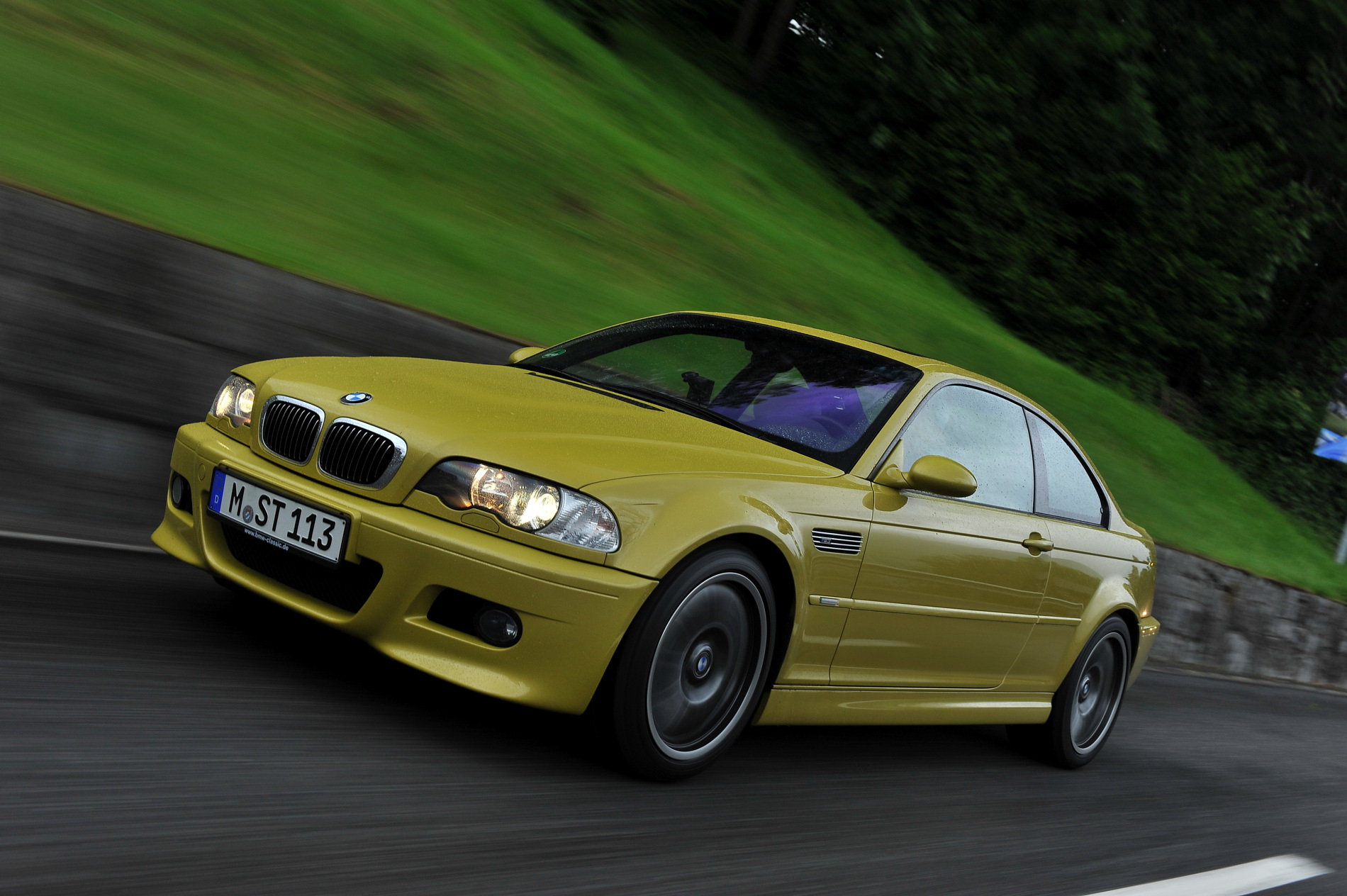 VIDEO: What makes the E46 BMW M3 so great?