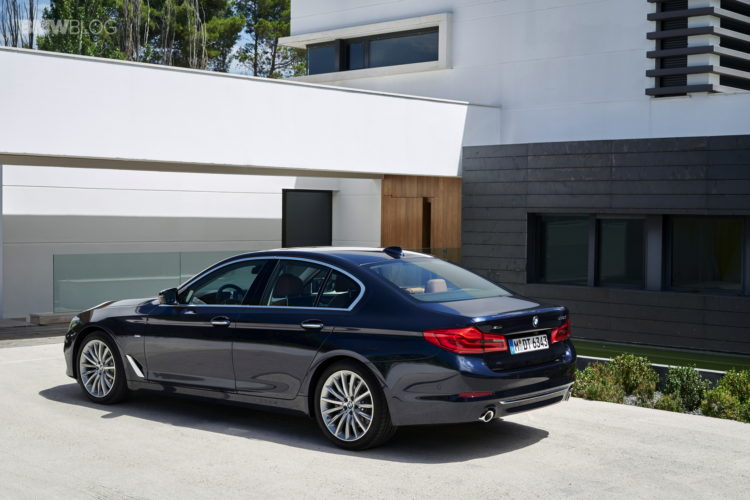 BMW-G30-5-Series-Luxury-Line-exterior-18