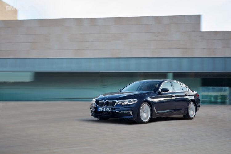BMW G30 5 Series Luxury Line exterior 38 750x500