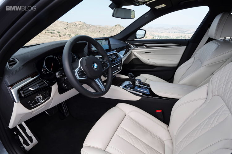 BMW-G30-5-Series-M-Sport-interior-31
