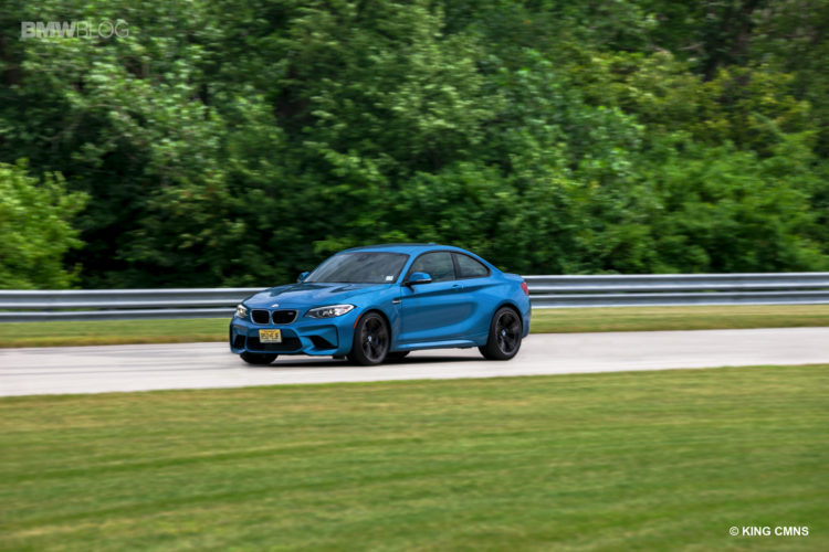 BMW M2 vs BMW 1M 32 750x500