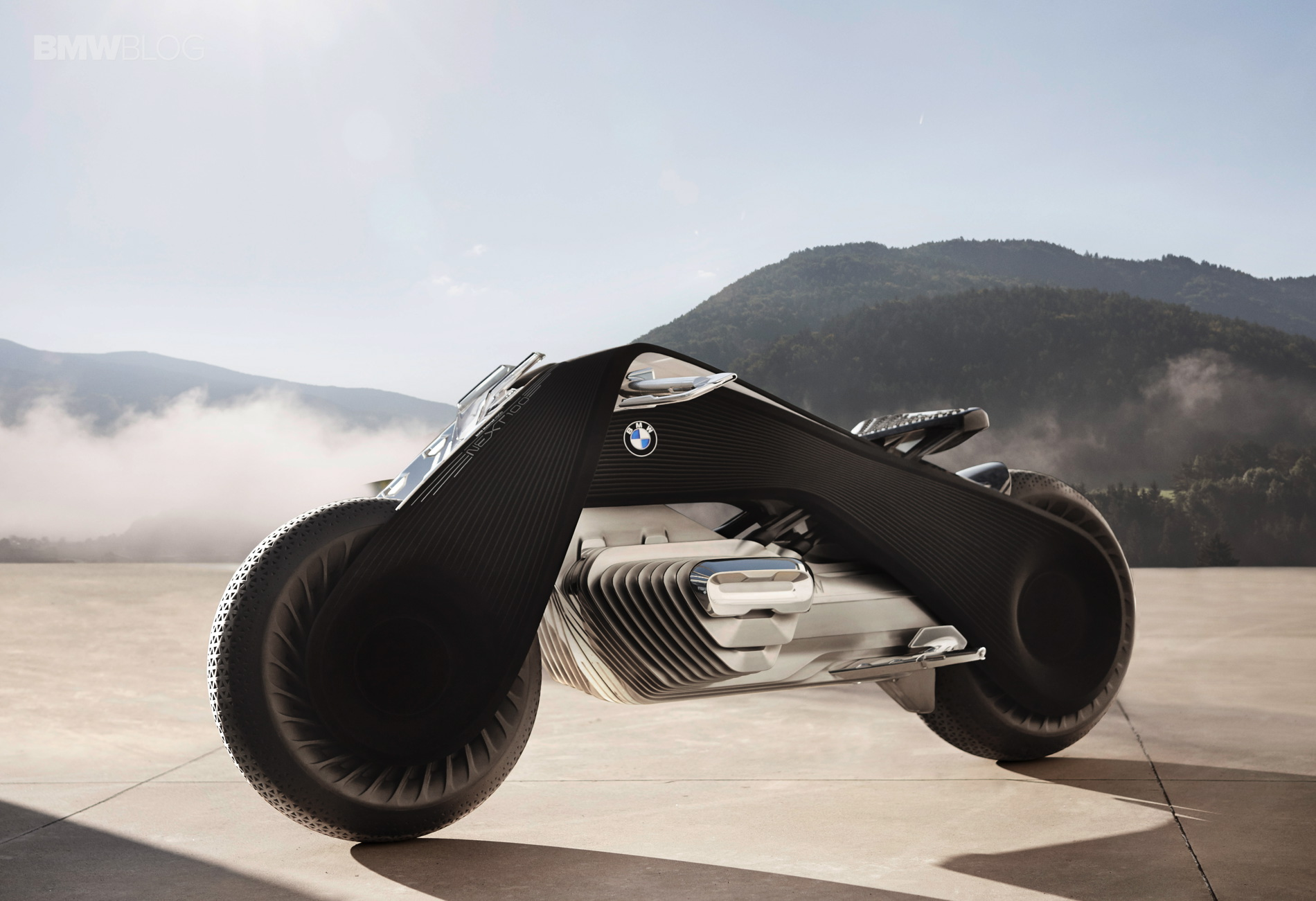 BMW Motorrad Vision Next 100 12