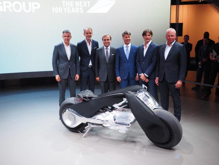 BMW-Motorrad-Vision-Next-100-live-images-13