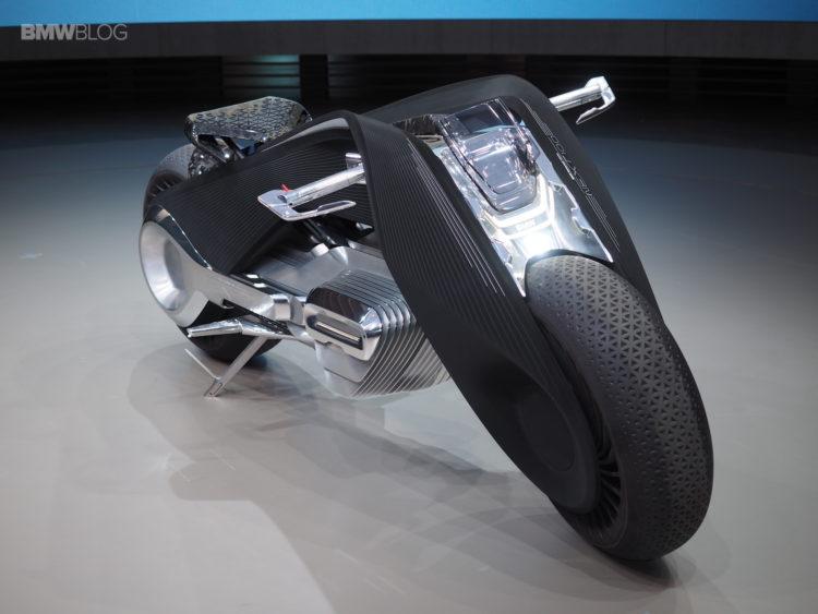 BMW-Motorrad-Vision-Next-100-live-images-23