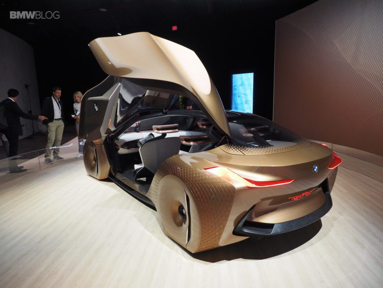 BMW-Vision-Next-100-Los-Angeles-13