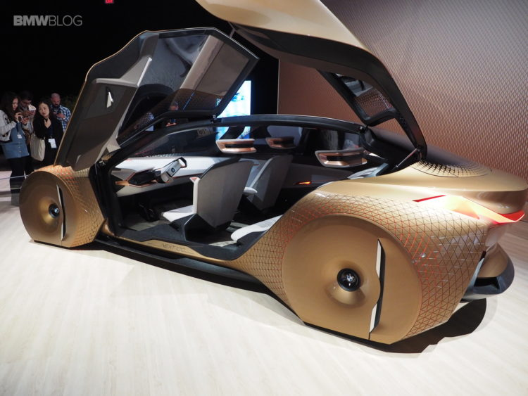 BMW-Vision-Next-100-Los-Angeles-19