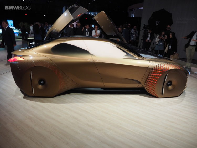 BMW Vision Next 100 Los Angeles 7 750x563