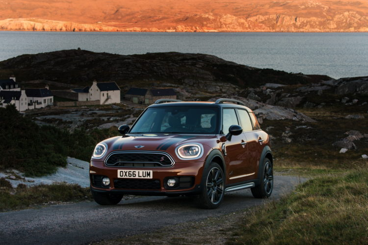 New 2017 MINI Countryman Chestnut 68 750x499