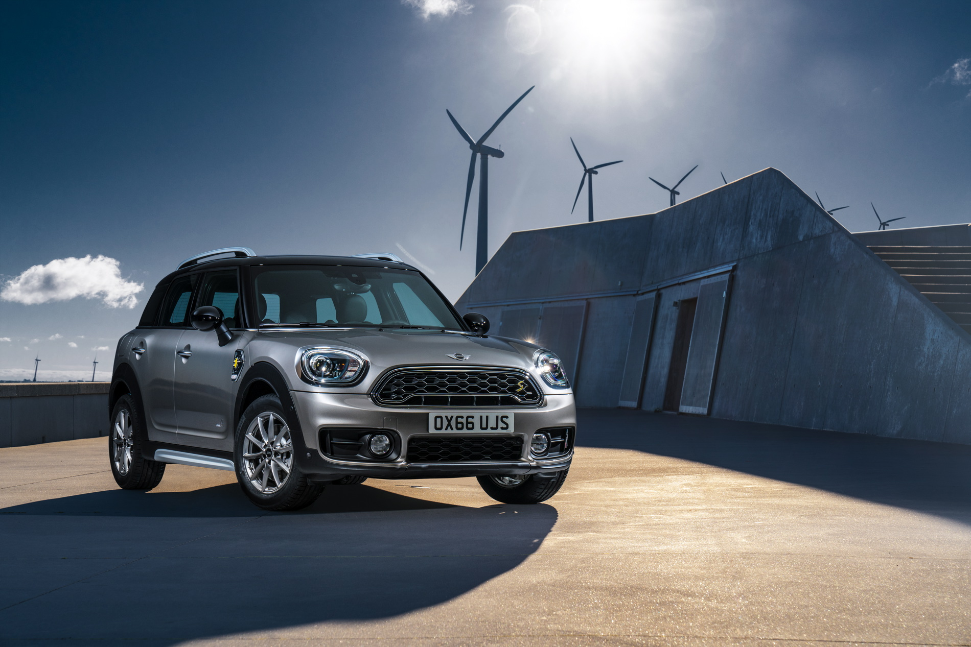 New MINI Cooper S E Countryman ALL4 plug in hybrid 14