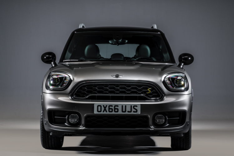 New MINI Cooper S E Countryman ALL4 plug in hybrid 36 750x500