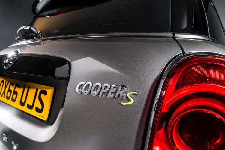 New-MINI Cooper S E Countryman ALL4 plug-in hybrid -38