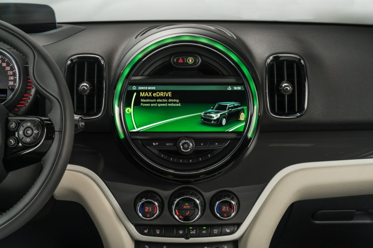 New-MINI Cooper S E Countryman ALL4 plug-in hybrid -7