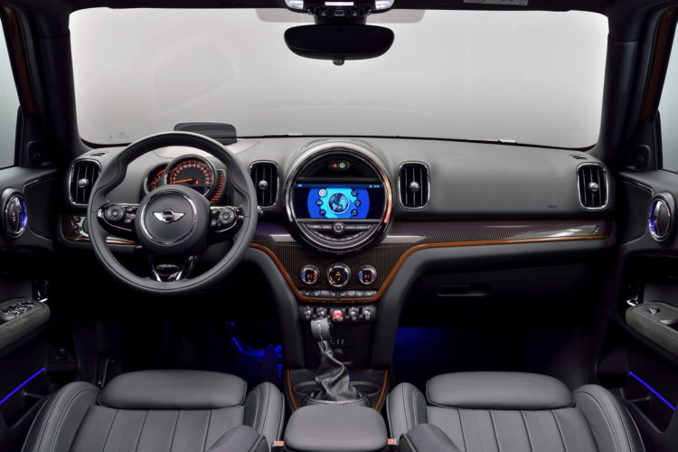 New MINI Countryman interior design 34 750x500