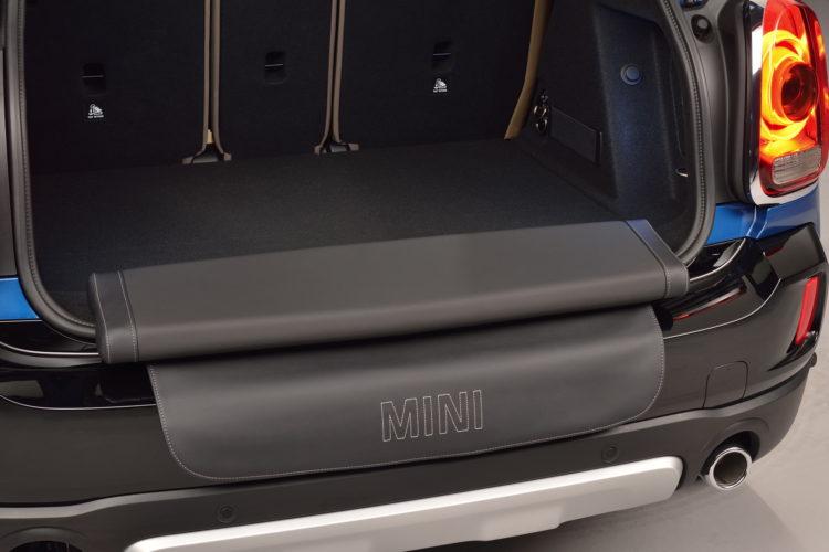 New MINI Countryman interior design 9 750x500