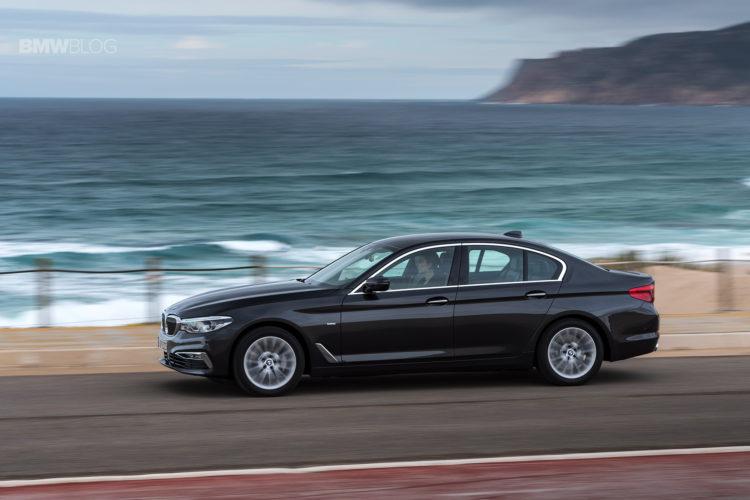 2017 BMW 530d xDrive 28 750x500