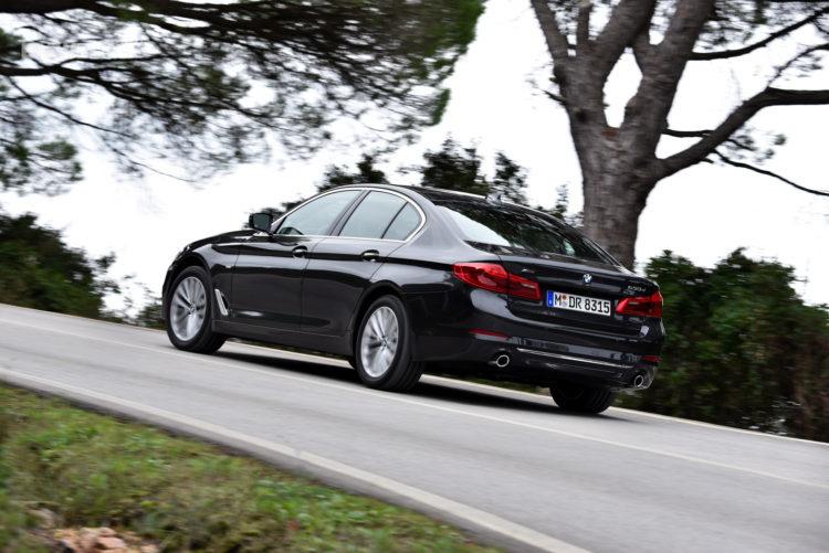 2017 BMW 530d xDrive 32 750x501