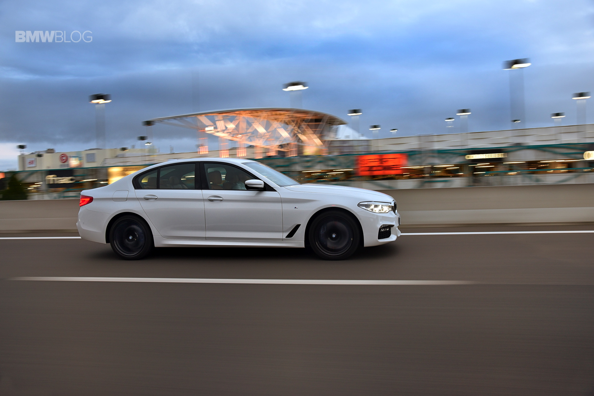 Us Bound 2017 Bmw 540i M Sport Package In A New Photoshoot