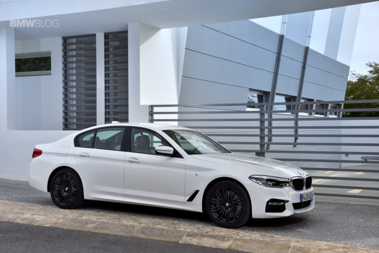 2017 BMW 540i sDrive 28 750x501