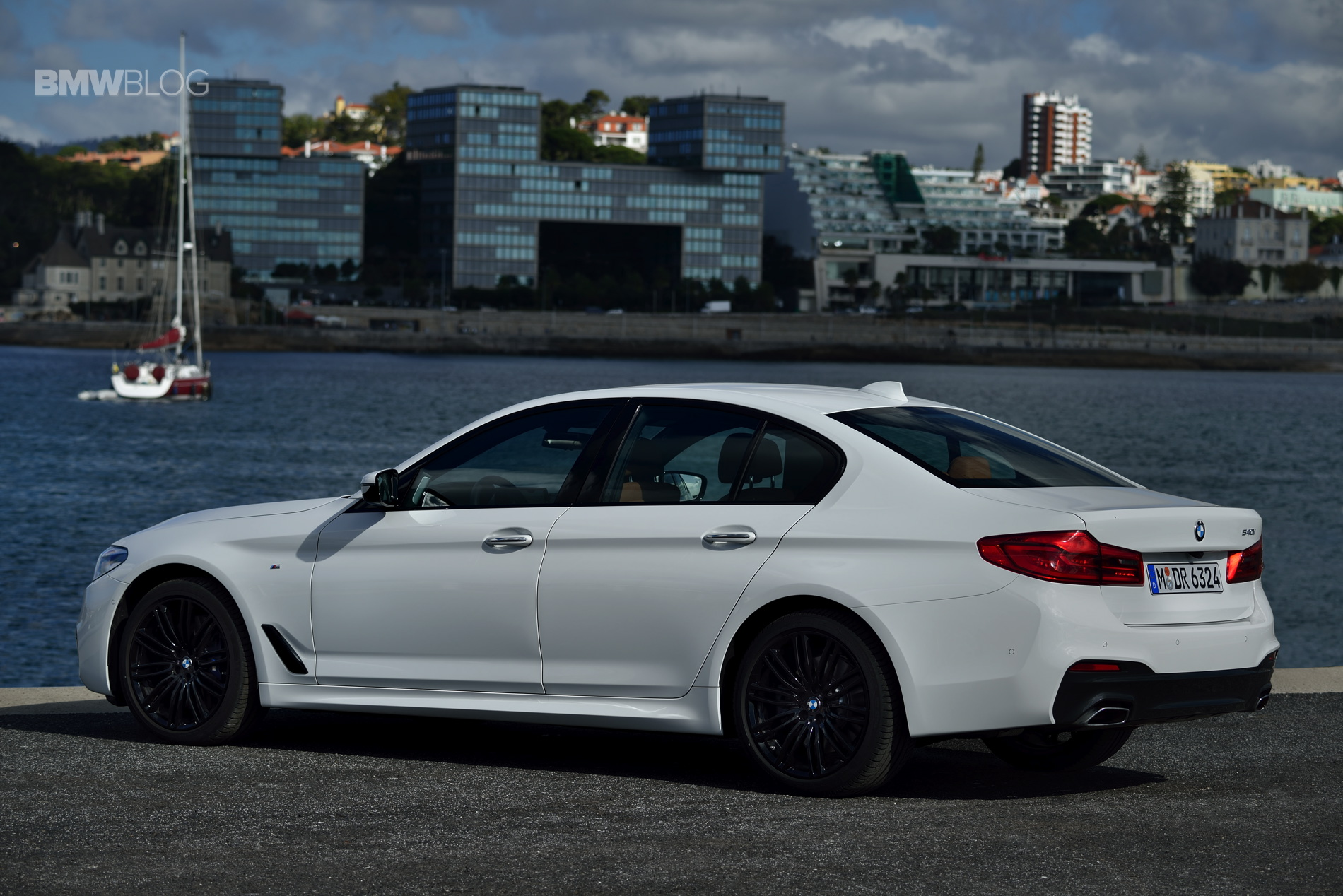 US-bound 2017 BMW 540i M Sport Package in a new photoshoot