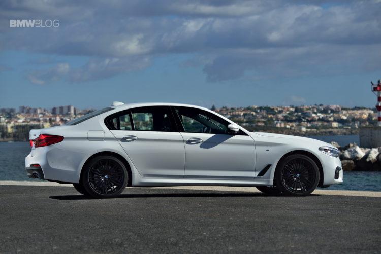 2017-BMW-540i-sDrive-37