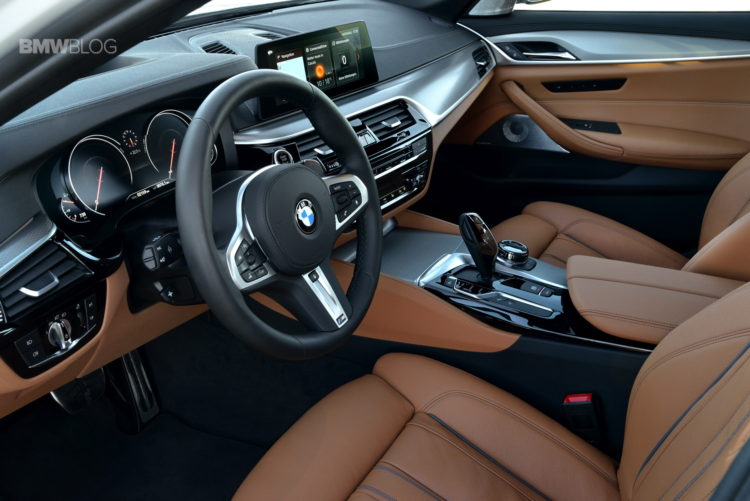 2017 BMW 540i sDrive 54 750x501