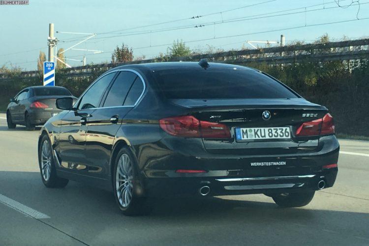 2017 BMW 5er G30 Live Fotos 530d Autobahn 06 750x501