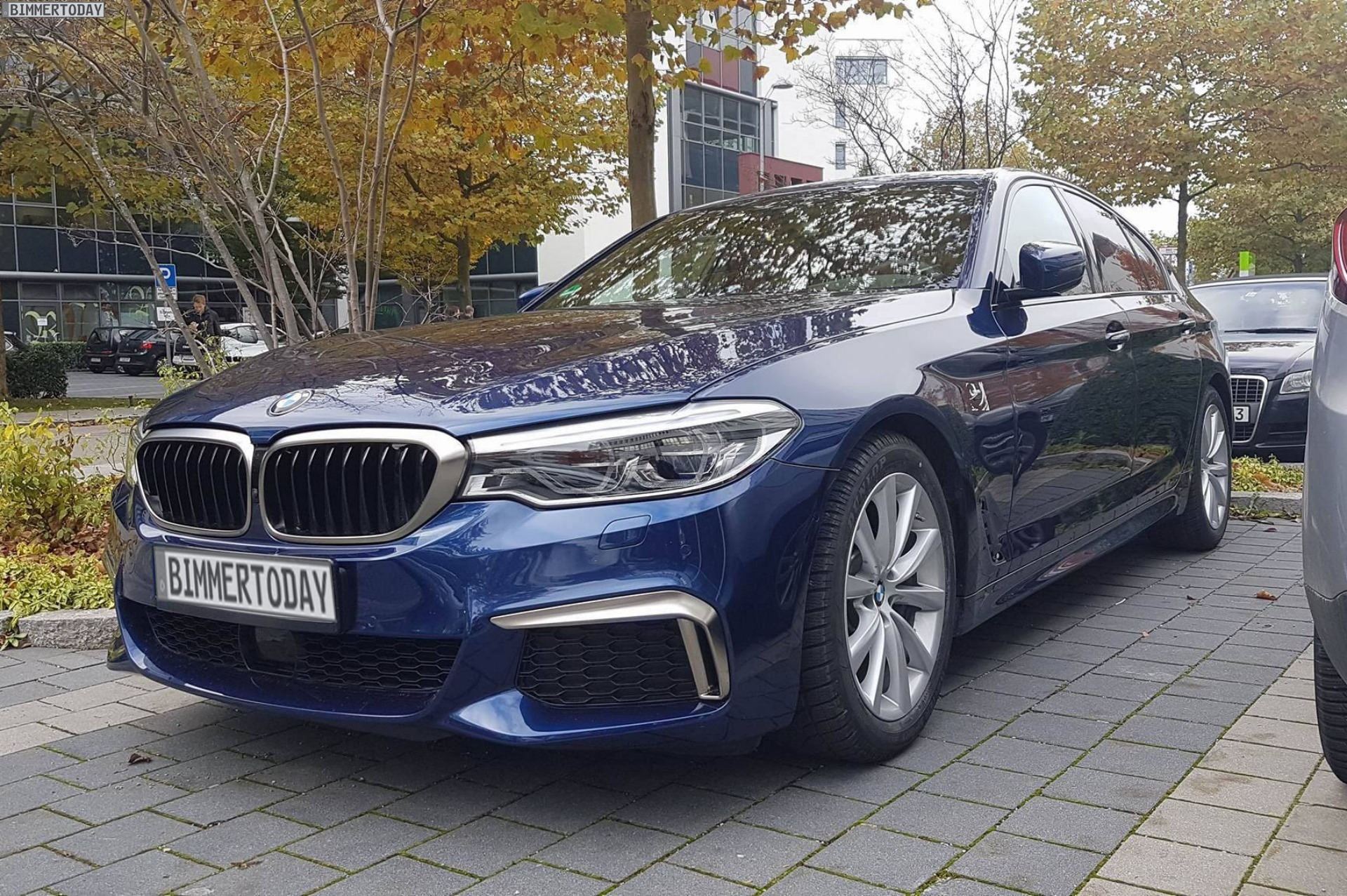 2017 BMW M550i G30 Live Fotos 02