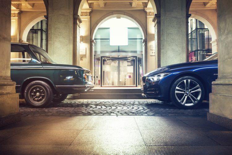 BMW 2002 vs 3 Series 23 750x500