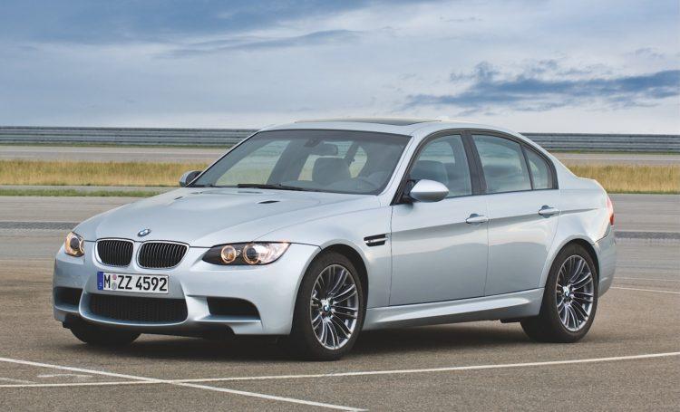BMW E90 M3 Sedan 750x455