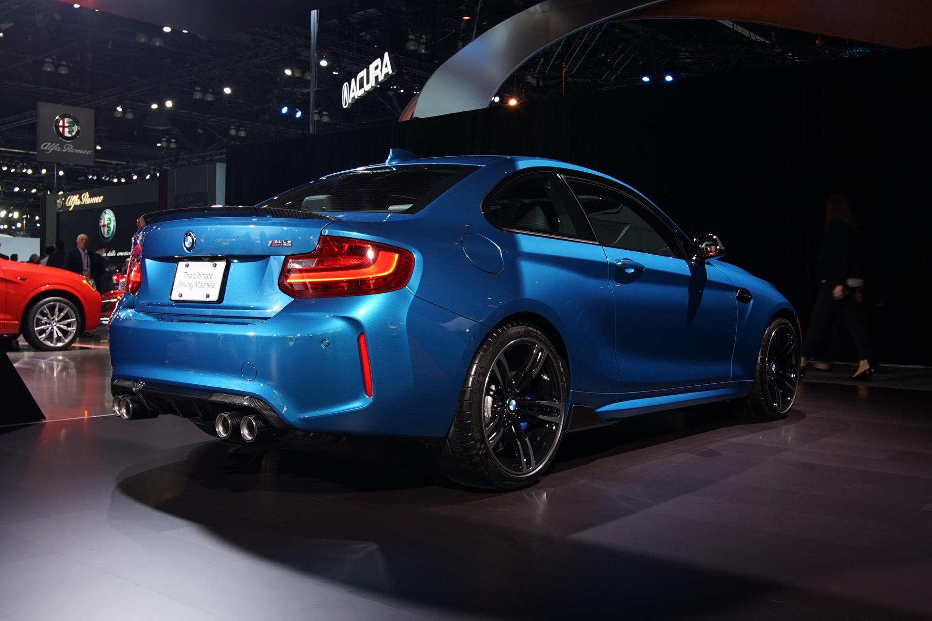 2016 LA Auto Show: BMW M2