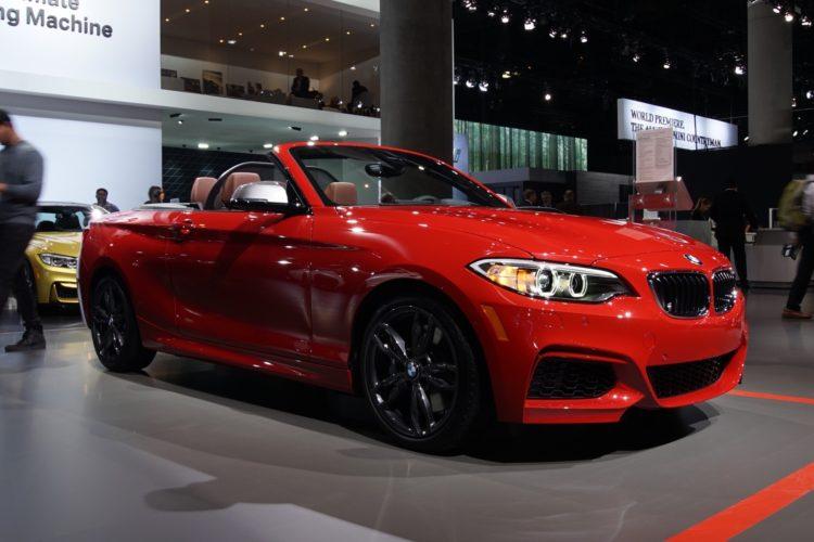 BMW M240i 2016 LA Auto Show5 750x500