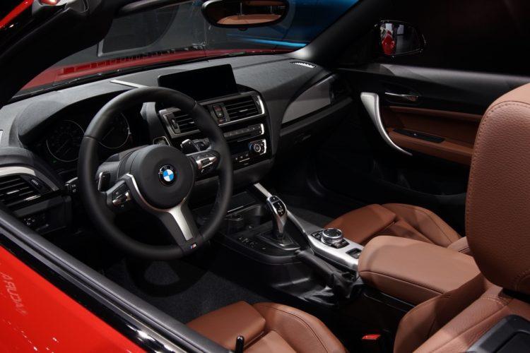 BMW M240i 2016 LA Auto Show6 750x500