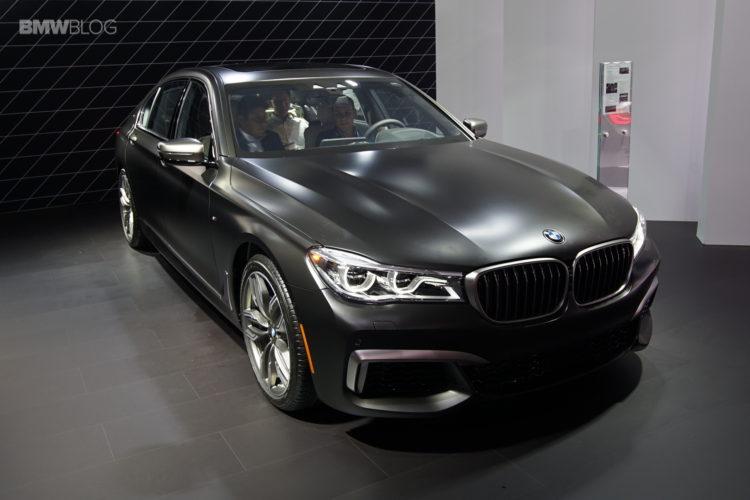 BMW-M760Li-LA-14