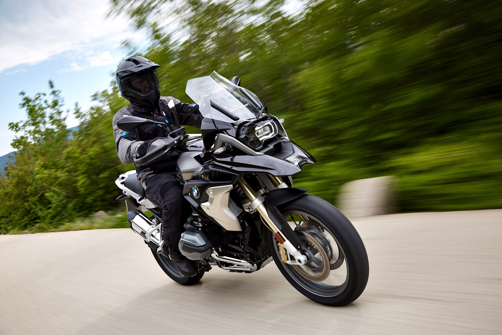 New Bmw R 1200 Gs Ready To Explore The Most Remote Corners