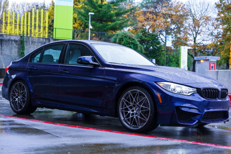 Blue Hera Mica Metallic BMW M3 53 750x500