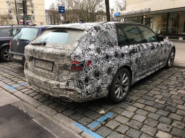 2017 BMW 5 Series Touring spied 06 750x563